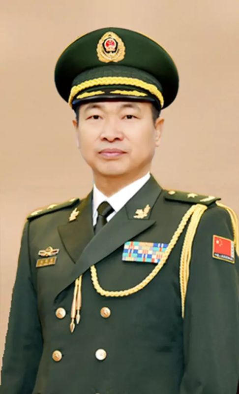 .武警部队举行晋升少将警衔仪式图片